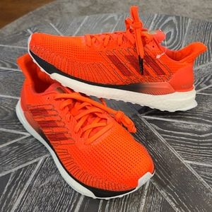 NWT adidas SOLARBOOST 19 Sneakers